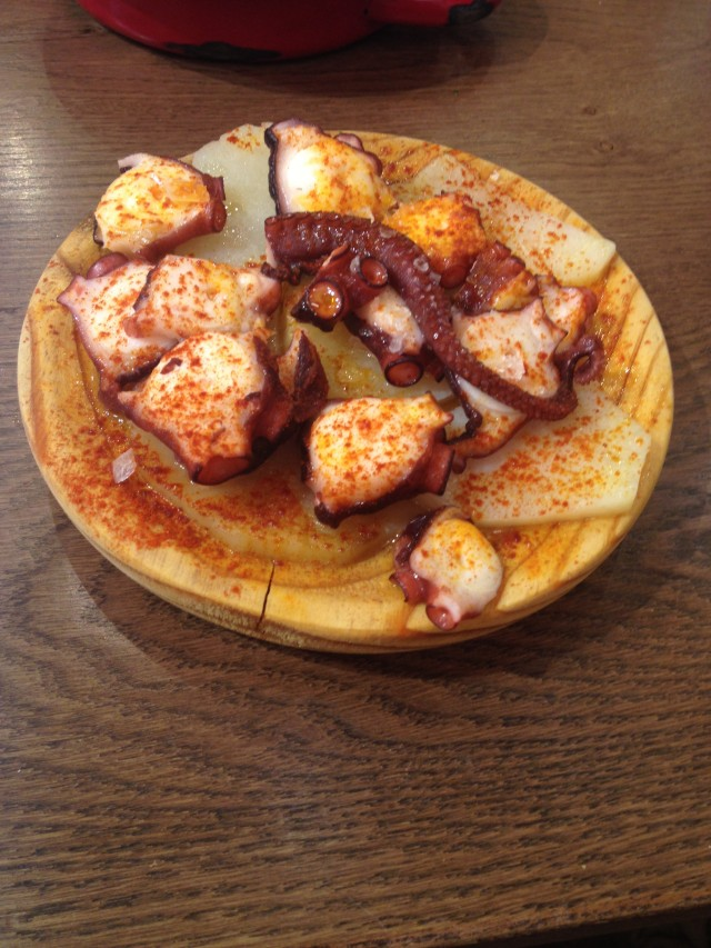 Friendly-Madrid-Tapa-a-Tapa-Pulpo