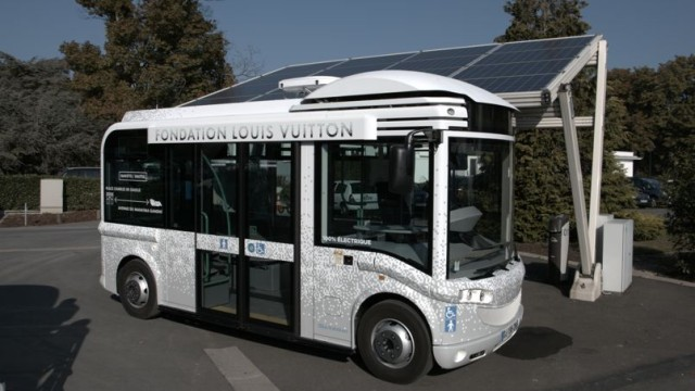 Fundacion-Louis-Vuitton-Bus