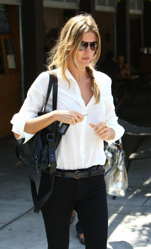 Supermodel Gisele Bundchen out and about in Hollywood